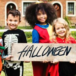 Oct 29: Halloween Photoshoot